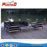 Mesa de jantar em aço inoxidável piscina de design e mobiliário interior