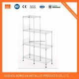 Los estantes son muebles ajustable del estante del alambre del cromo