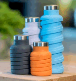 Bouteille d'eau de voyage rabattable pour sports - Bouteille de boisson pliable en silicone anti-fuite de 18 Oz avec bambou et couvercle avec poignée. Parfait pour l'avion