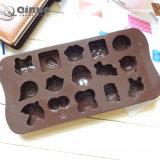 100 ont scellé des sacs de moulage décoratif de chocolat de silicones de modèle