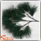 장식을 정원사 노릇을 하기를 위한 도매 인공적인 소나무 잎