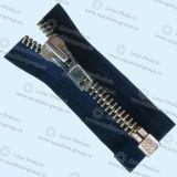 Оптовая торговля высокого качества 8# Custom металлические молнии для ткани 002