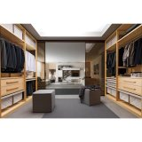 Moderner stilvoller Melamin-Weg in der Garderobe für Umkleidekabine