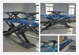 La piattaforma lunga dell'armadio dell'aria di Pnematic Scissor l'elevatore con l'automobile di rotolamento