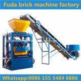 Machine de fabrication de brique concrète de vibro semi-automatique de moteur de la Chine