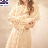 Vestito puro dal merletto dell'albicocca di alta qualità con il branello