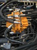 270 individu de m3 de la rotation 4 de degré chargeant le camion de mélange concret