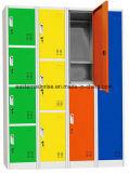 강철 로커 또는 체조 갱의실 금속 로커
