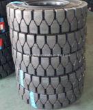 Carretilla elevadora de caucho duro de neumáticos sólidos