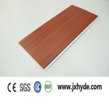 Brillant Blanc Middle Groove Panneau en PVC Décoration de plafond Matériau imperméable à l'eau