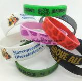 Wristband ecologico del silicone con il marchio su ordinazione