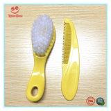 Set de cepillo y peine de plástico saludable para bebés recién nacidos