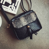 Sacchetto tetragonale alla moda della signora spalla della borsa di colore solido con il coperchio e le nappe del reticolo della pelle di serpente in Sy8307 anteriore