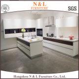 N及びL現代様式の木製のホーム家具の光沢度の高いラッカー食器棚