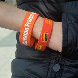 Großhandelsform-Werbegeschenkkundenspezifischer Wristband-intelligentes Silikon-Armband mit Debossed