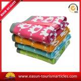 最もよい価格のジャカード珊瑚の羊毛毛布