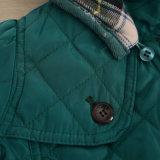 Куртка сплетенная девушками на весна с клобуком