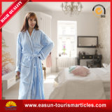 ホーム使用の100%年綿の珊瑚の羊毛の柔らかい浴衣、浴衣の綿の