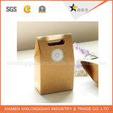 공장 도매는 회사 로고를 가진 서류상 선물 부대를 재생한다