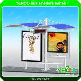 Calle muebles de alta calidad en acero inoxidable parada de autobús Publicidad