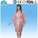 Kimono non tessuto a gettare dell'accappatoio per il massaggio della STAZIONE TERMALE del salone di bellezza
