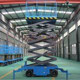 Tabella di elevatore idraulico verticale elettrica sulle rotelle che puliscono strumentazione