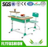 木の単一の学校学生の机および椅子の学校家具