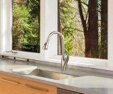 L'ente d'ottone popolare tir in giùare il rubinetto della cucina del miscelatore del dispersore