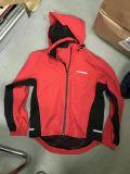 I cappotti di autunno della molla per gli uomini impermeabilizzano gli abiti sportivi antivento di turismo