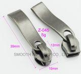 Vente en gros de matériel d'accessoires de vêtement de glissière d'extracteur de tirette en métal de mode longue
