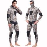 muta umida a due pezzi del camuffamento di 5mm con il vestito praticante il surfing degli uomini Suit&High-Elastici d'immersione del neoprene di Cap&