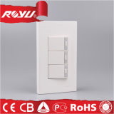 Hot Sell Three Gang Energy Saving Switch avec LED Light