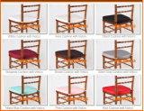 屋外の高品質のホテルのスタック可能純木のChiavariの結婚式の椅子