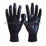 черной перчатки работы нитрила черноты вкладыша полиэфира 13G покрынные ладонью