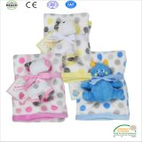 Nouveau design cute baby couverture avec Microplush Toy