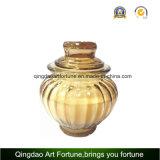 Candela di vetro del vaso riempita cera con il coperchio di vetro