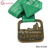Изготовленный на заказ металл эмали резвится медаль футбола для цели достигаемости (LM1051)