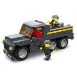 Le camion militaire d'école de jeu badine des synthons de jouets d'amusement