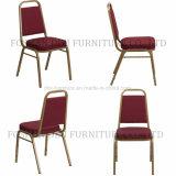 Precio de calidad superior y mejor que empila la silla del banquete del hierro