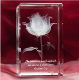 高品質のクリスマスのギフトの水晶の立方体のための写真の彫版