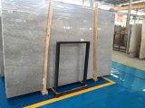 Mattonelle di marmo grige delle lastre della Romania