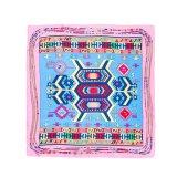 Neue Entwurfs-Form-Frauen-quadratischer Silk Schal