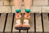 Katoenen van het Patroon van de Vrouwen van de Stijl van Kerstmis de Leuke Kleurrijke Sokken van de Bemanning
