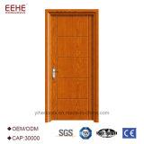 Modernes, simples à ras de porte intérieur en bois massif