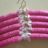 Вешалка одежд превосходного качества Silk с логосом