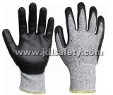 Отрежьте защитные рукавицы работы с черной пены из нитрила с покрытием (NDF8032)