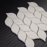 Diseño de mármol blanco del azulejo de suelo de mosaico del mosaico de la dimensión de una variable de hoja