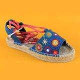 Sandali ricamati delle scarpe di tela della piattaforma della tela di canapa delle scarpe di tela della punta di pigolio