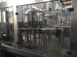Maquinaria tampando de enchimento engarrafada automática da produção da água