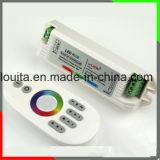 Regulador plástico multicolor del RGB del tacto del shell de las luces de tira 2.4G